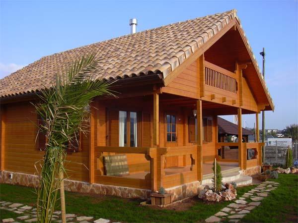 Casa De Madera En Cadiz Modelo Aracena Esta De 60m2 40m2 En 1 Planta Con Buhardilla La Casa De Madera